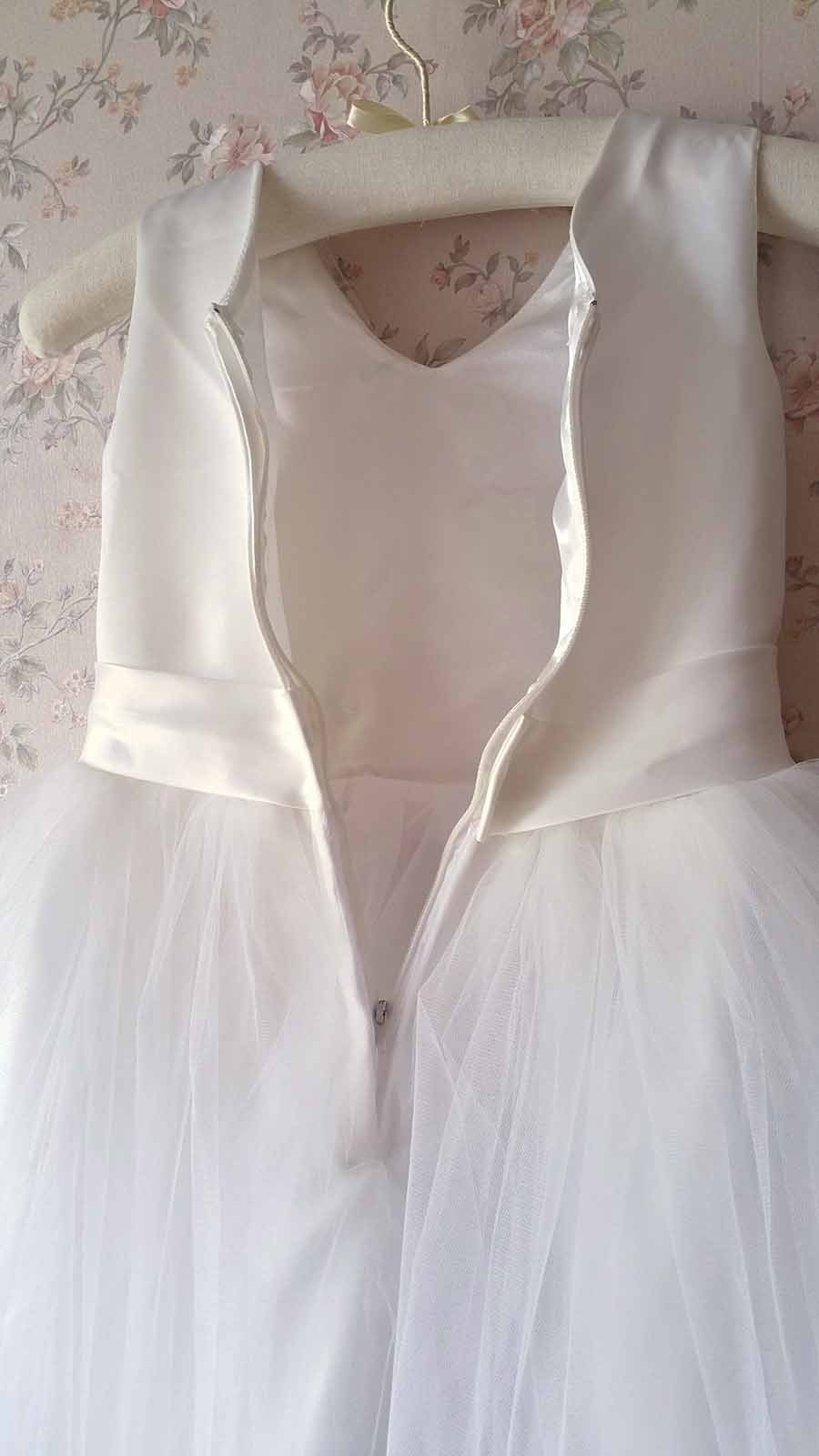 Cute White Tulle A-line Girl Dress Custom Wedding Flower girl Dress Custom