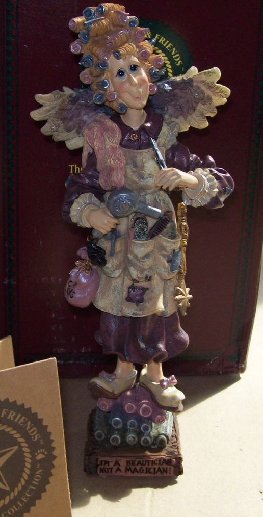Boyd's Folkstone Collection Madge The Magician Beautician Retired 1996