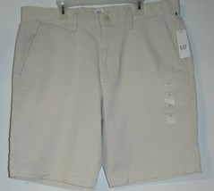 "NWT 44.99 Men's Size 33 x 10 Gap For Good Khaki 10"" Shorts - $15.29"