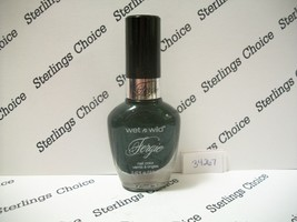 Wet N Wild Fergie Nail Color Polish #34267 Emerald Rock City - $6.10