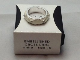 AVON White  Embellished Cross Ring Silvertone Size 10 NIB - $9.49