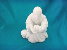 1982 Avon Porcelain Nativity Figurine The Magi Melchior - $14.80