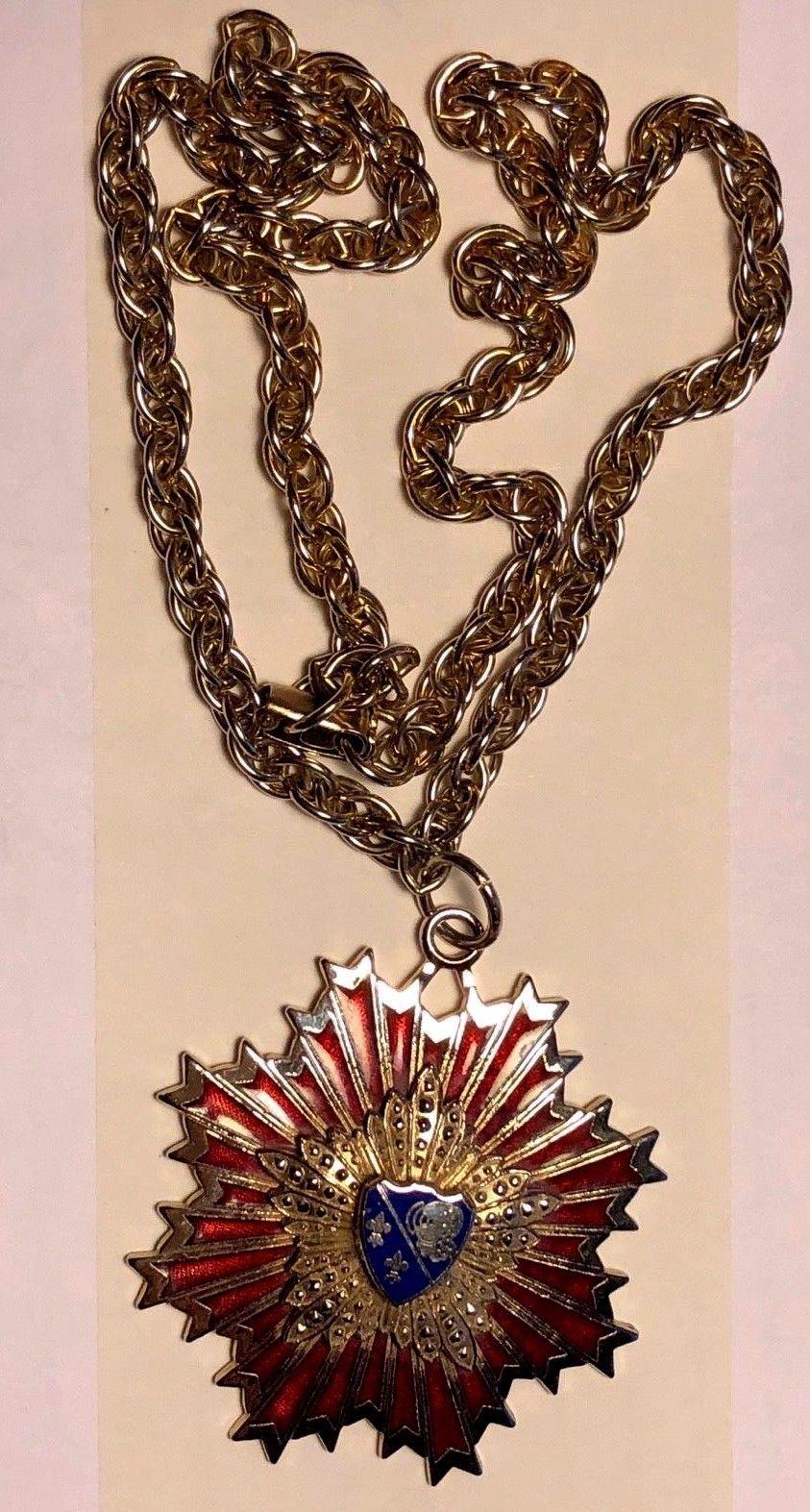 VTG silver color metal Enamel chain necklace code of arms star burst pendant