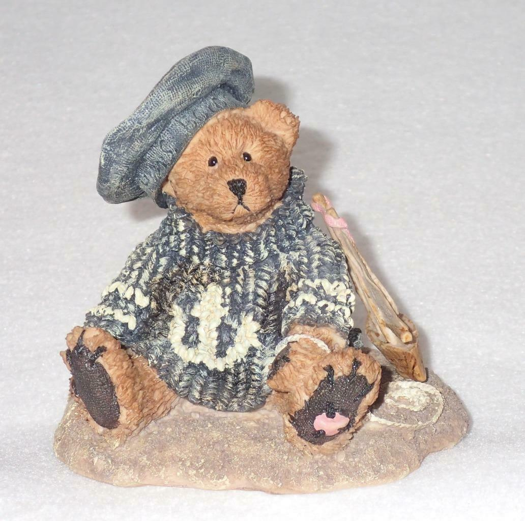 Boyd Bearstone Resin Bears 1993 Christian By The Sea Figurine #2012 29E NEW