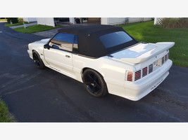 1988 Ford Mustang GT Convertible For Sale In Cincinnati, OH 45245 image 3