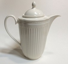 Mikasa Italian Countryside DD900 6 Cup Coffee Pot - $49.48