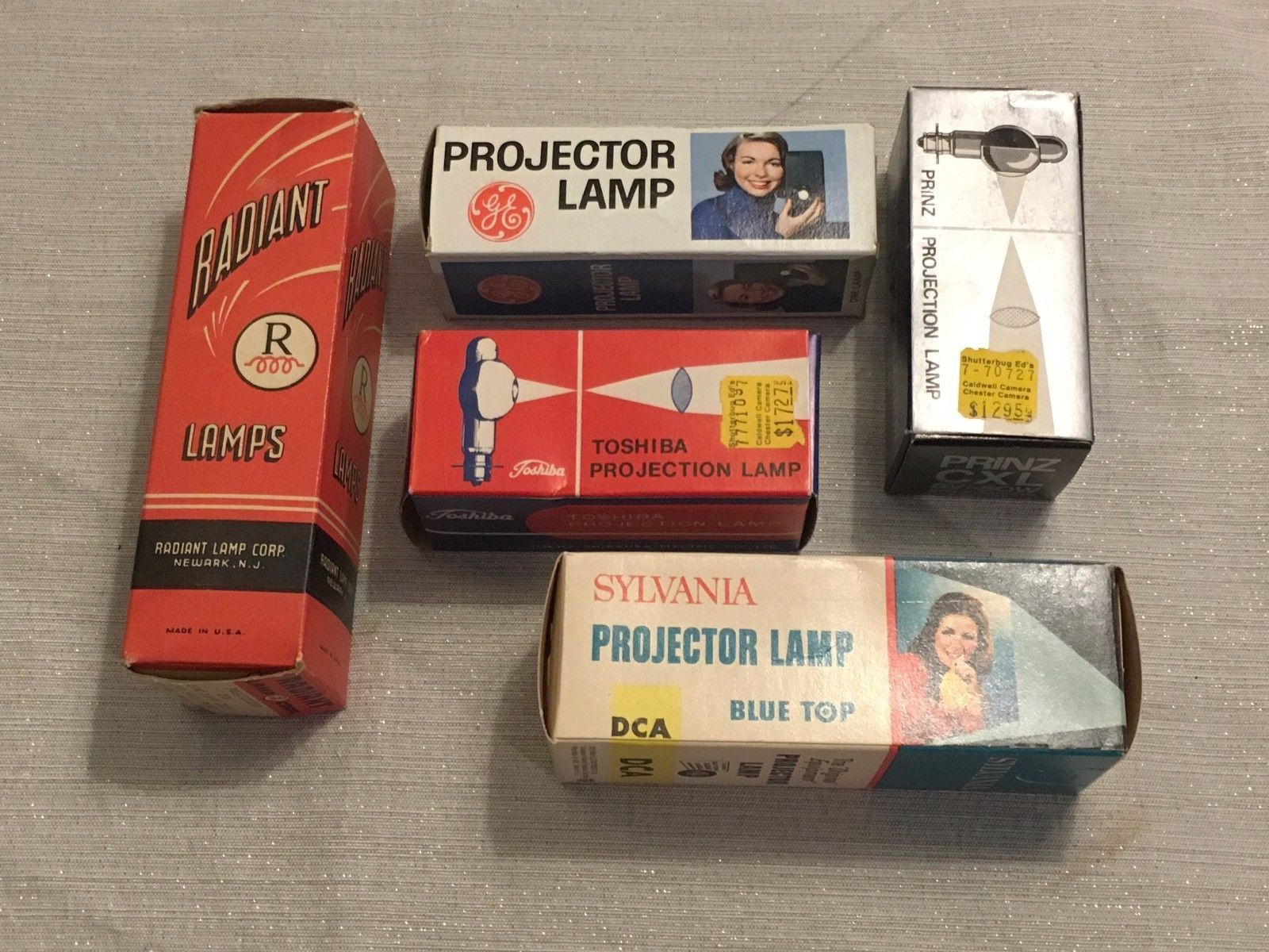 NEW Sylvania Projector Lamp Bulb CAR 150W 120V Projector Bulbs