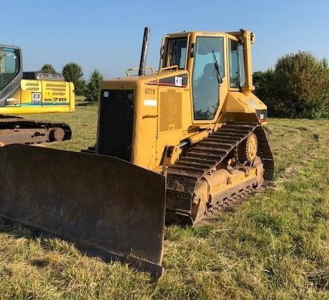 2005 CAT D5N XL For Sale In Tulsa, OK 74008