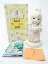 Precious Moments Figurine Christmas 272531 Sharing The Light Of Love - $11.40