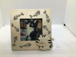 Kohls Novelty Cat/fish Picture Frame 5.5x5.5 - $7.92