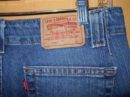 Levi 525 blue jeans Sz 10 Medium Boot Cut Stretch Waist 32 Red Tab Red Label - $20.00