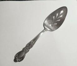 1847 Rogers HERITAGE Pie Server Floral Silverplate NOT Pierced Handle - $10.95