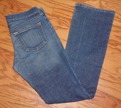 OLD NAVY ~ SIZE 4 REG ~ THE DIVA  ~ STRETCH BLUE JEAN - $14.95