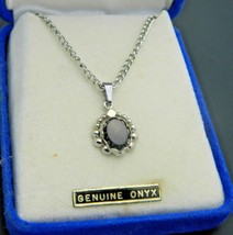 Black Onyx Silver Tone Oval Necklace Pendant Vintage - $29.69