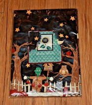 "Debbie Mumm Halloween Tablecloth Frankie & Broomhilda 60"" Round Vinyl Fl... - $18.99"