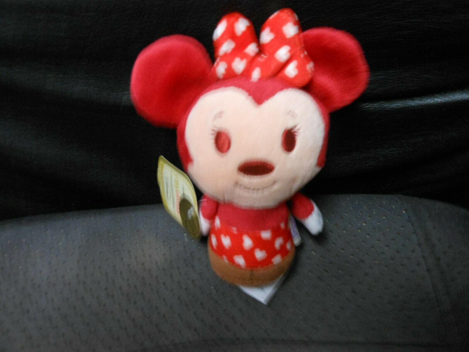 "Primary image for Hallmark Itty Bitty's ""Happy Hearts Minnie"" 2013 Limited Edition NEW"