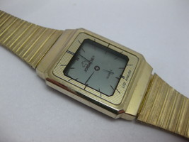 Jordache LCD Analog Watch Vintage Gold Tone LCD Quartz Watch WORKS #2 - $39.59