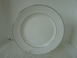 LENOX MICRO SAFE COLLECTION CONTINENTAL DINING PLATINUM WHITE DINNER PLA... - $14.80