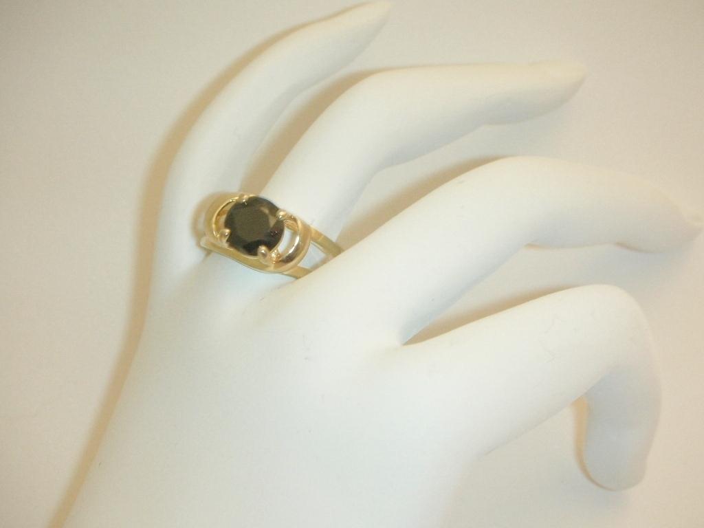 Black diamond solitaire