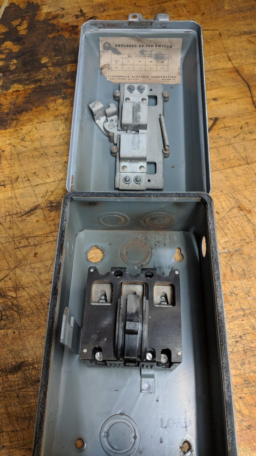 westinghouse sandblasted paint ready safety Disconnect Switch 30A, 3P, 600V