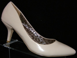 G by Guess 'Diamond' nude pointed toe man made slip on heels 10M - $28.47