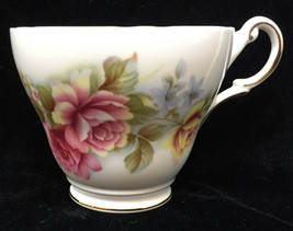 Teacup Regency Bone China Rose Flower Pattern Cup Gold Trim England - $7.91