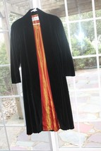 VTG CATTIVA USA BLACK VELVET LONG EVENING OPERA CAPE LINED COAT Water Re... - $49.50