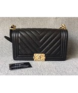 AUTHENTIC NEW CHANEL BLACK CHEVRON QUILTED CAVIAR MEDIUM BOY FLAP BAG GHW - $5,299.99