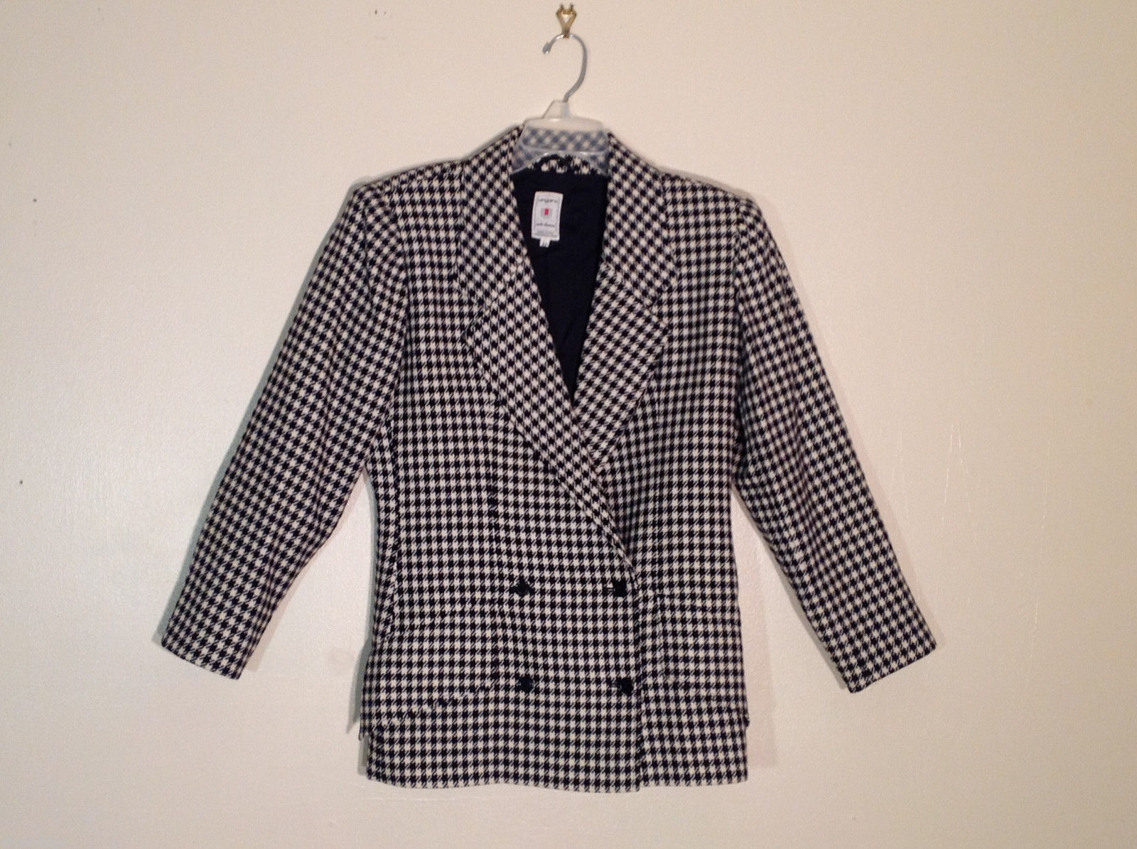 Women's Ungaro Solo Donna Italy Size 42 100% llama wool black and white blazer