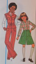 SIMPLICITY Vtg 1977 Pattern 7906 Girls Pants Pantskirt and Top Sz 7 8 UNCUT - $19.79