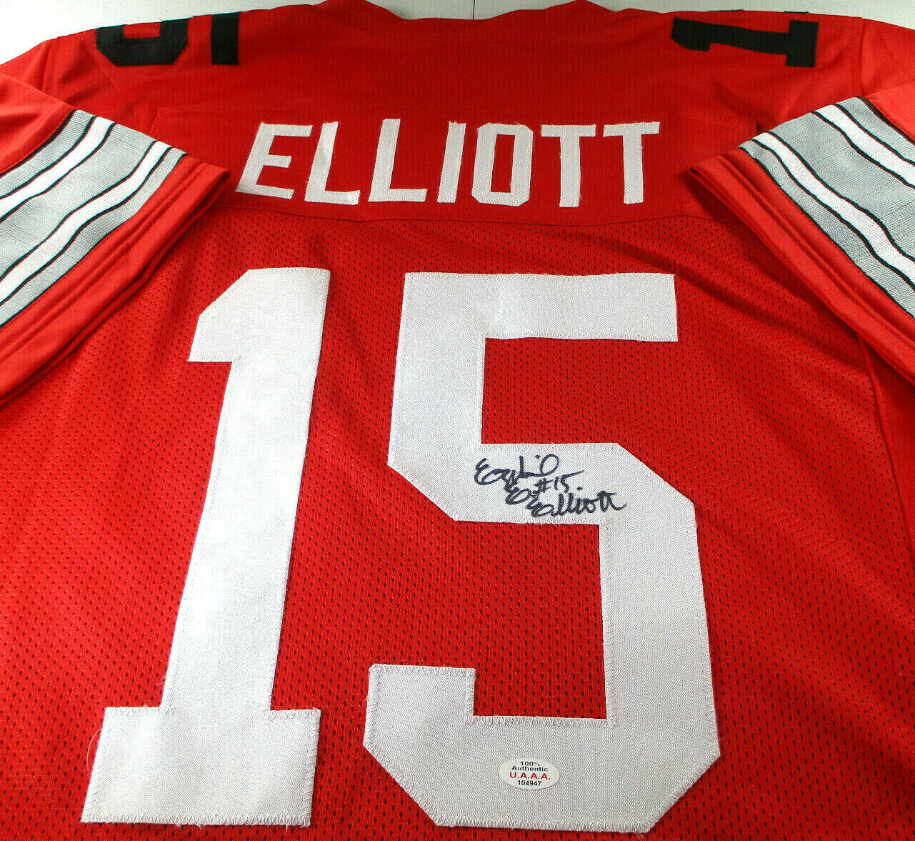 EZEKIEL ELLIOTT / AUTOGRAPHED OHIO STATE UNIVERSITY CUSTOM JERSEY / WITH COA