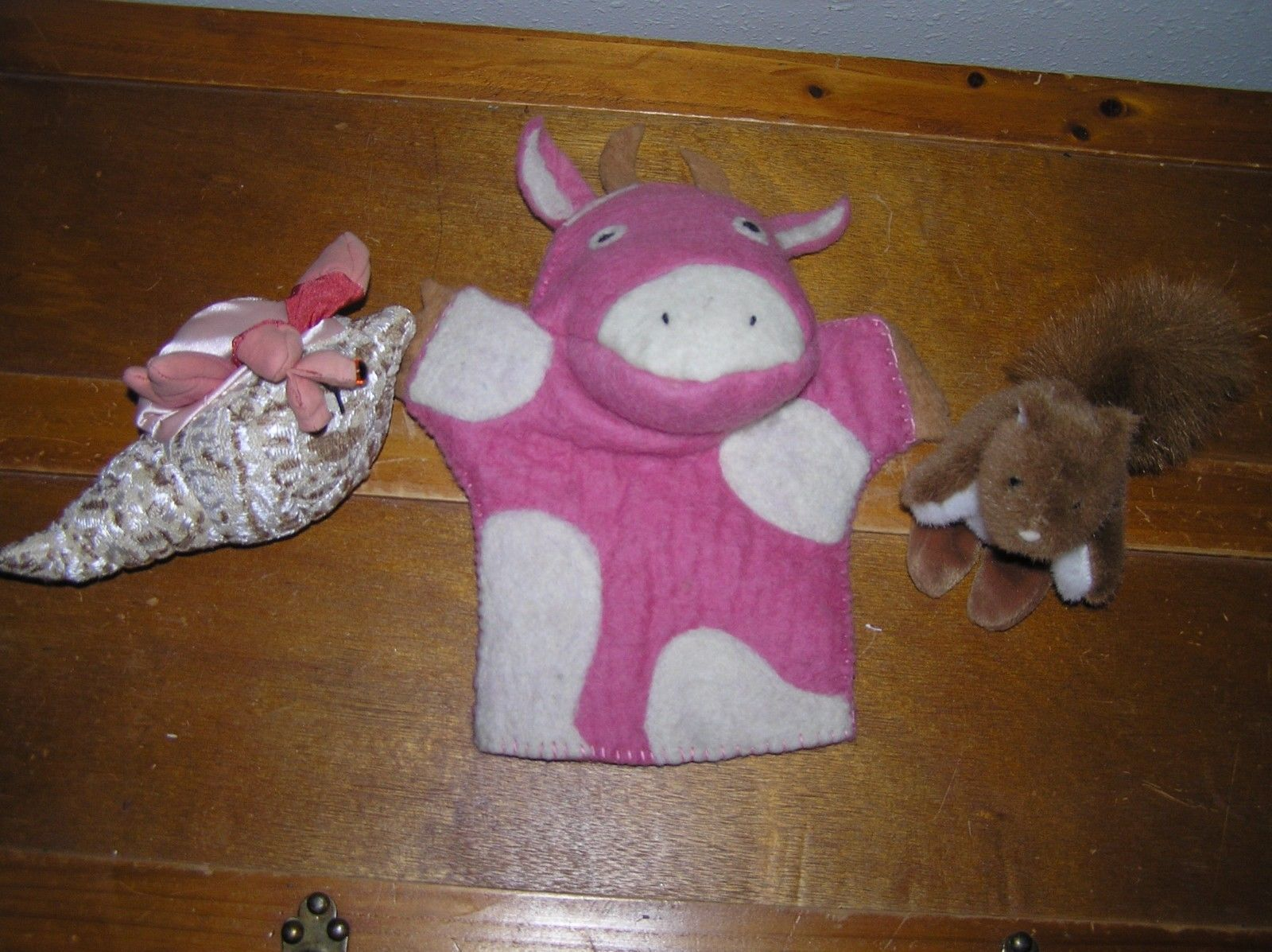 Primary image for Lot of 3 Pink Felted Wood Cow Small Folkmanis Crab Shell Mary Meyer Squirrel