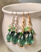 Gold Plated Mint Green Drop Earrings with Swarovski Crystals  - €4,63 EUR