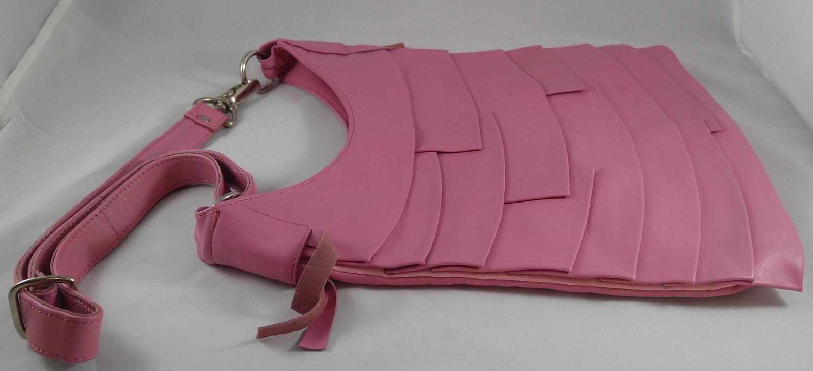 Kyss Handbags Designer Krista Orr Pink Shoulder Strap Purse Plymouth, Michigan image 2