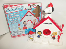 Peanuts Snoopy Sno Cone Machine Shaved Ice Summertime Desert Maker Used Once - $24.70