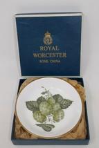 Royal Worcester Mathon Hop Plate Dish 1965 England Fine Bone China w/Box - $14.01