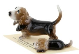 Hagen Renaker Dog Basset Hound Papa and Pup Lying Ceramic Figurine Set image 3