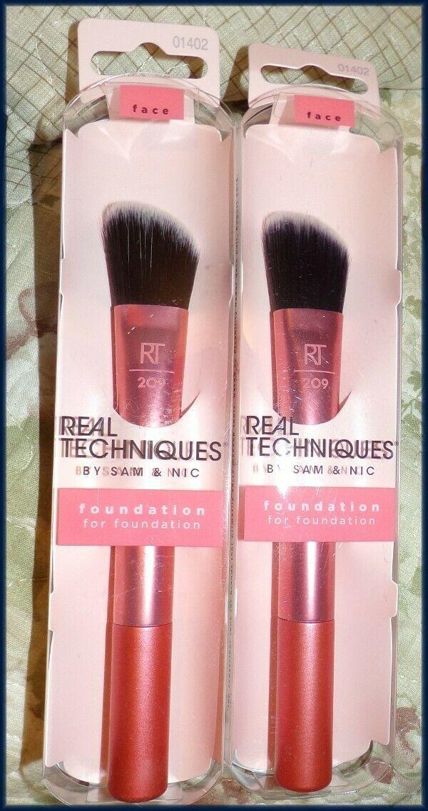 NEW (2 PK) Real Techniques Angled Liquid Cream Foundation Blending Brush  #209 - $14.95