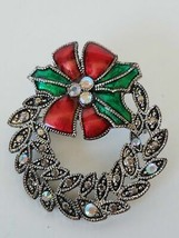 Fashion Jewelry Christmas Wreath Pinback Brooch - $11.39