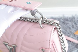 100% AUTH Louis Vuitton PINK NEW WAVE CHAIN EPI Leather MM Shoulder Bag image 10