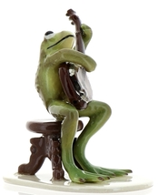 Hagen-Renaker Specialties Froggie Mountain Breakdown Bluegrass Frog Banjo