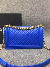 AUTHENTIC CHANEL ROYAL BLUE QUILTED VELVET MEDIUM BOY FLAP BAG SHW image 4