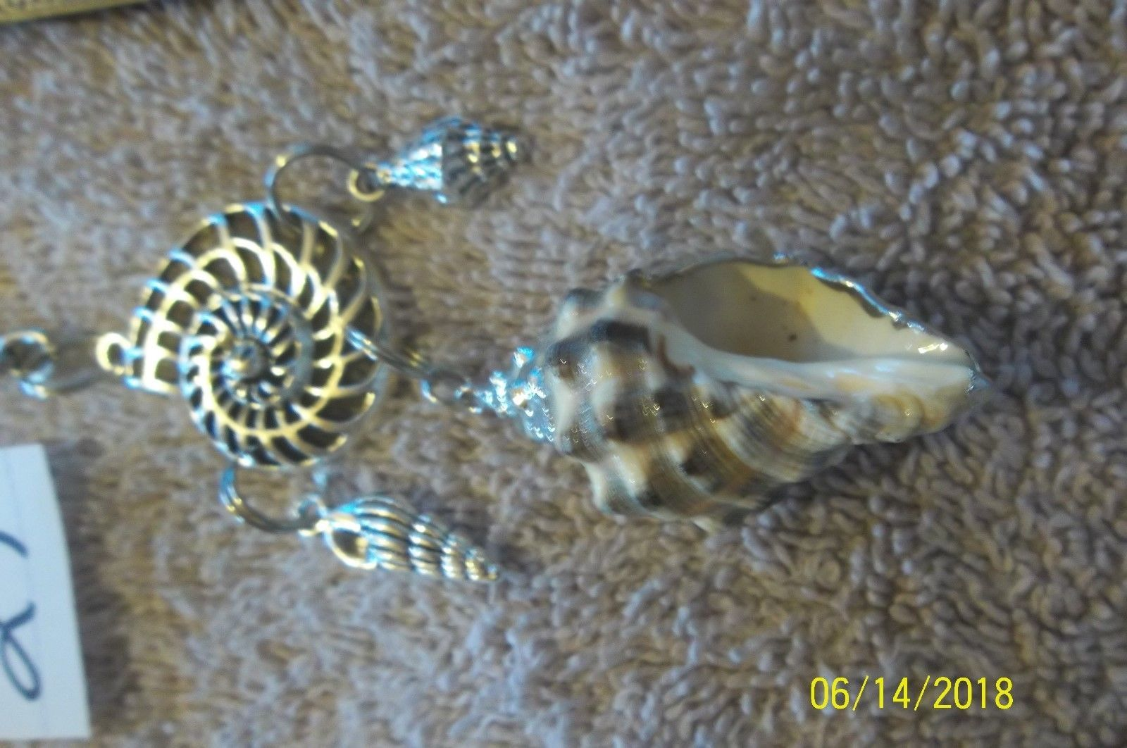 # purse jewelry silver color  shell keychain backpack filigree dangle charm #27