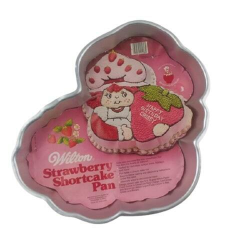 Primary image for Wilton Strawberry Shortcake Cake Pan 502-3835 1981 Birthday Party with Insert