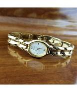 Women's Pulsar Gold Oval Chunky Link Bracelet Watch V400-X160 - $29.95