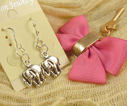 Elephant Earrings #8187 >> Combined Shipping - $3.25