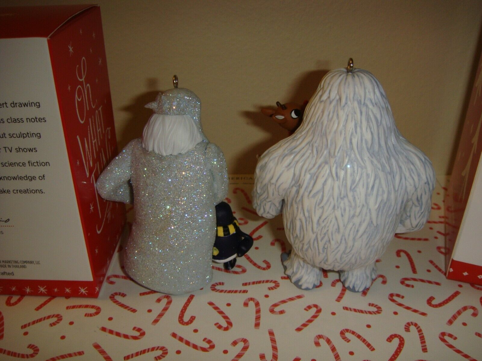 Winter Warlock 2016 Hallmark Ornament Santa Claus is Comin/' To Town Penguin Snow