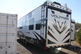 2015 Dutchman Voltage 3970 FOR SALE IN Alexandria, VA 22314 image 3