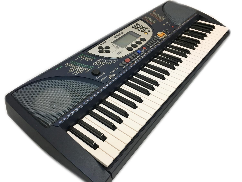 yamaha electric keyboard psr 270 electronic keyboards. Black Bedroom Furniture Sets. Home Design Ideas