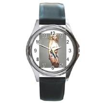 Britney Spears Unisex Round Metal Watch Gift model 17506512 - £10.22 GBP
